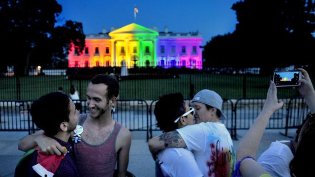 983962-multi-colored-lights-illuminate-the-white-house-to-honor-gay-marriage